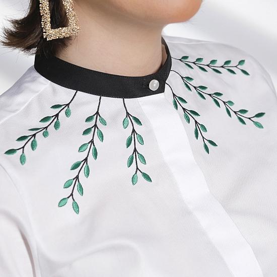 White shirt ATHENA 4